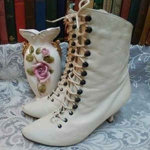 Vintage Leather Lace-Up Victorian Boots